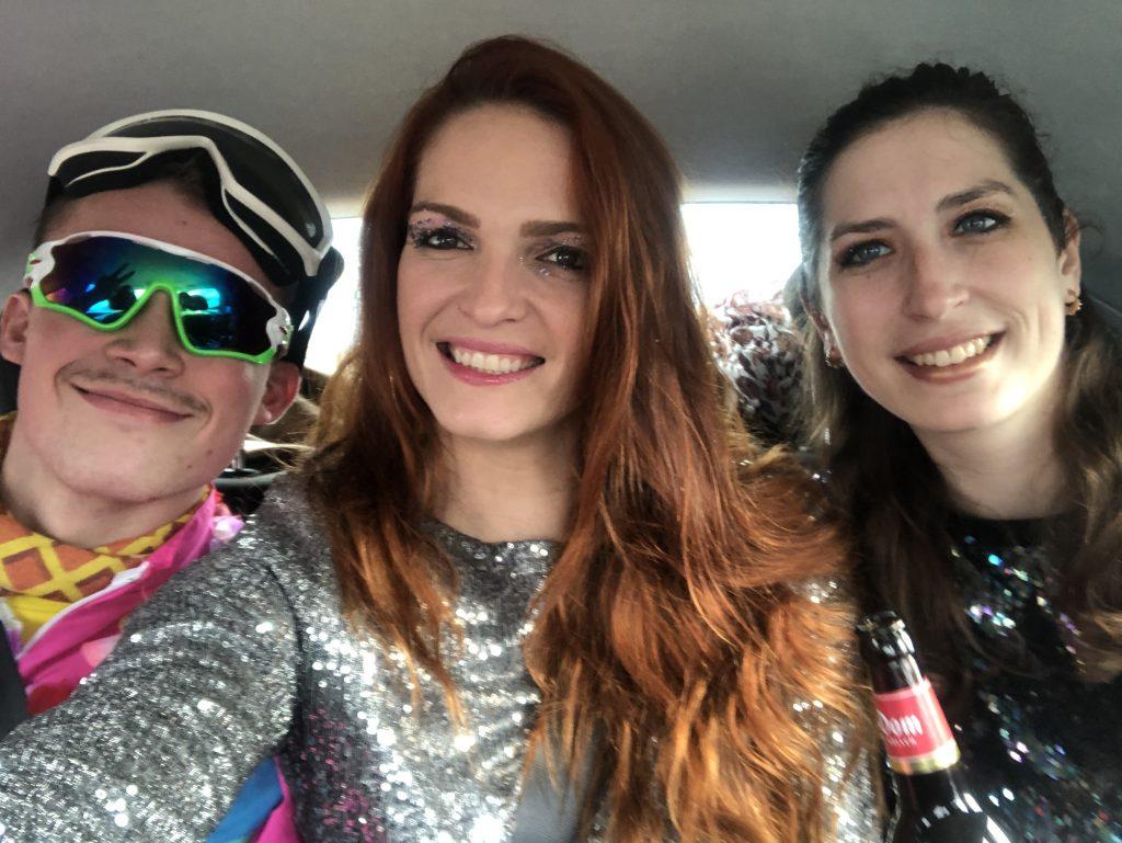 Les 3 amis déguisés pour le Carnaval de Cologne