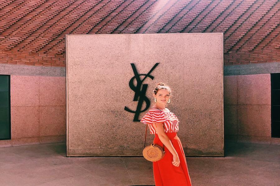 Lizzie au musée YSL